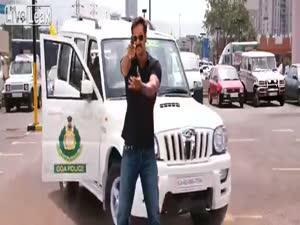 ულვაშებიან ინდოელ ინსპექტორს ვერავინ დაემალება...