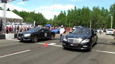 Mercedes-Benz S65 AMG vs Bentley Continental GT V8