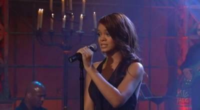 Rihanna - Unfaithful (Live at Jay Leno 2006)