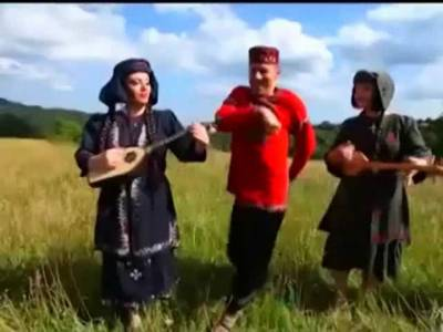 ფოლკლორული ანსამბლი ფხალიაური - კომედი შოუ / Folkloruli Ansambli Fxaliaurი - Comedy Show (dj mix)