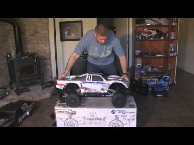 სათამაშო 1200; HPI 1/5 Super 5SC Flux 2.4GHZ RTR - Unleashed!