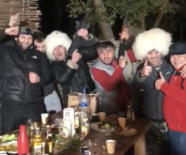 ''ხაბიბ ჩემპიონ, კონორ პეტუხ'' - დაღესტანში ზეიმი არ წყდება (ვიდეო)