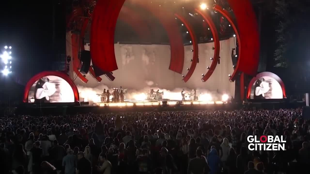 Rihanna Love On the Brain | Live at Global Citizen Festival